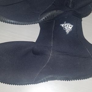 Deep See Men's Size 13 Diving Boots